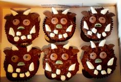 Gruffalo cupcakes. Great idea!