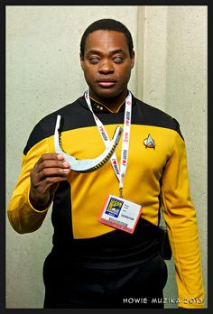 Geordi LaForge,   Star Trek The Next Generation. Cosplayer:?  Photographer: Howie Muzika #ComicCon #Cosply #SDCC2014