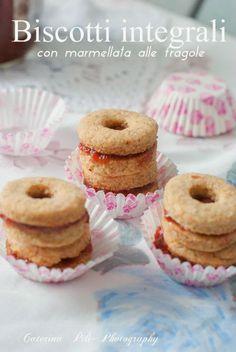 Biscotti integrali con marmellata alle fragole « Semplicemente Light