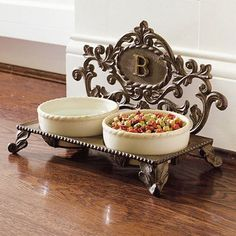 Personalized Decorative Baroque Pet Feeder