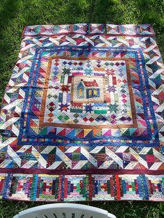 round robin quilts, quilt border, medallion quilt, around the house, quilt idea