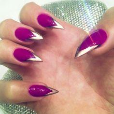 Trendy nail shape - rawr!