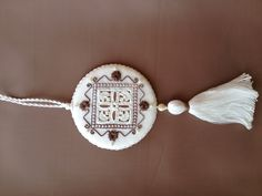 Hello all!  I just completed a new Punto Antico Gelato ornament and this one is chocolate!  I've been invited to teach this one at the 2014 Nordic Needle Retreat and I'm really excited about it!  Of course, I'll need a test class!  8/7/13