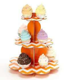 Love this for Halloween cupcakes!
