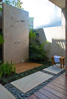 """You could live in this outdoor shower """"room"""""""