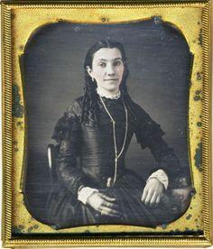 Late 1840s perhaps or early 1850s; Beauty with Bottleneck Curls Dag Daguerreotype | eBay