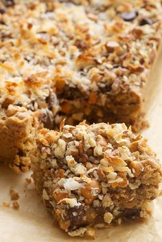 Toffee Squares are a cookie-candy bar hybrid with plenty of chocolate, butterscotch, nuts, coconut, and more! - Bake or Break