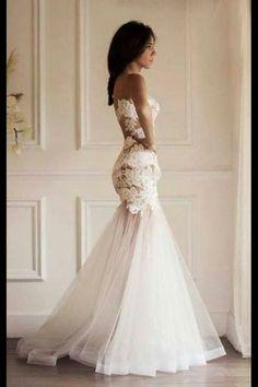 Amazing wedding dress.