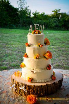 Fall style wedding cake.
