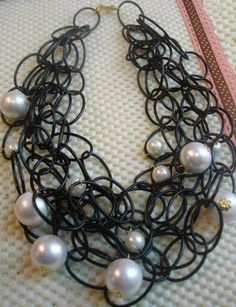 collar cadena XL black and white