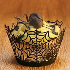 spider web cupcake holders