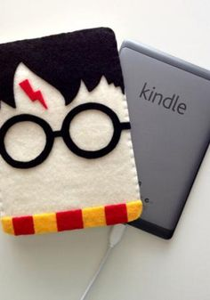 <3  The 50 Must-Have Movie-Related Gifts of 2012 | NextMovie Unlimited access to 600,000 books for $9.99 http://foudak.com/kindle-unlimited/