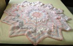 Round/star puffy/ripple baby blanket/afghan hand crochet