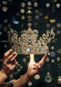 Gorgeous! But pales in comparison to our King!