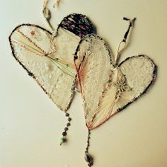 a hanging 'heart~catcher' how~to... by dottie angel LOVE LOVE LOVE!