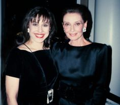 What happened when I met my style icon Audrey Hepburn  Having someone to inspire your work is so important to manifest your own personal abundance.   I want to share this post on what happened when I met my style icon Audrey Hepburn to see that dreams can come true:  http://www.focusonstyle.com/style/what-happened-when-i-met-my-style-icon-audrey-hepburn/  #audreyhepburn #sharonhaver #styleicon #style #icon #fashion