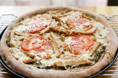 "go vegan meow!: Pesto Pizza with Gardein ""Chicken"" and Tomatoes"