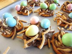 food craft with toddler kind of cute for spring or Easter time...