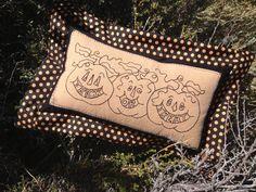 Trick or Treat Pumpkins Stitchery Pillow Kit by myreddoordesigns, $22.50