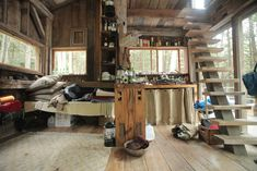 Amazing cabin I want to curl up in and never leave