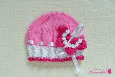 Knitted pink girl hat - NanonArt