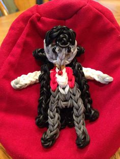 VAMPIRE. Designed and loomed by Donna Lorber on the Rainbow Loom. See another Pin for cape detail. (Rainbow Loom FB page)