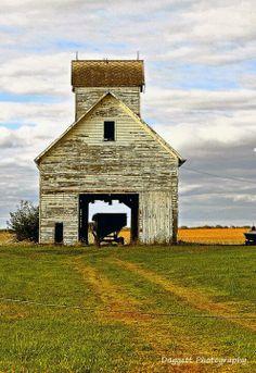 farm, charm barn, white crib, illinoi beauti, illinois backroads