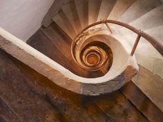 spirals, axel vervoordt, stairs, galaxies, décor de, stairway, swirl, interiors, spiral staircases