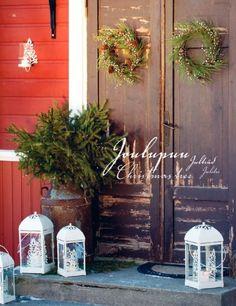 Rustic christmas decorations - Entrance!
