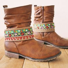 Make your own bohemian boot belt jewelry with this DIY tutorial (in Dutch) easy to follow step by step pictures