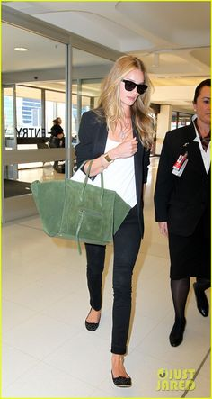 Airport chic.  #Rosie Huntington-Whiteley