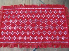 Christmas Table Centerpiece  Swedish Weaving  by rdrunnercreations, $20.00