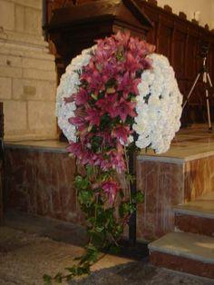 Bola de flores especialmente diseñada para la decoración de Iglesias para bodas