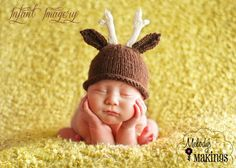 Antler Hat Knitting Pattern