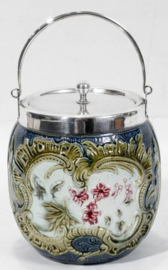 Majolica Pottery Biscuit Jar c.1880 : Art Nouveau. Majolica and Underglaze painting.