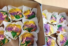 Roosevelt Hotel bakes single serving king cakes!