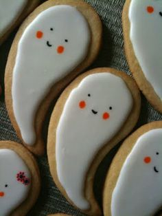 Try these cute ghost #cookies. #Dessert #Treats #Halloween