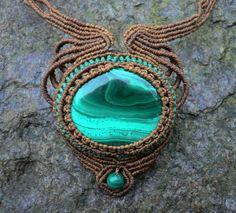 Malachite macrame necklace