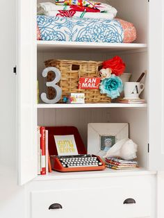 Get a built in look with easy-to-make bookcases: http://www.bhg.com/home-improvement/remodeling/budget-remodels/weekend-home-projects/?socsrc=bhgpin080714getabuiltinlook&page=14