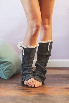Knitted Button Down Leg Warmers. Want.....