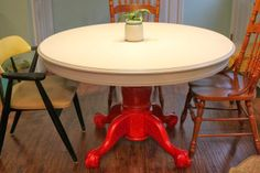 Upcycled Downriver: Kitchen Table Makeover Part 3! Tells how to paint a laminate table top!