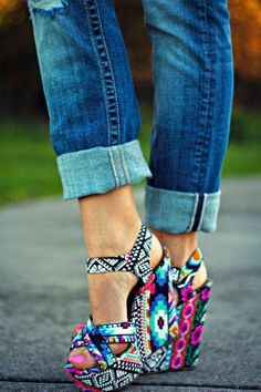 Lovely Colorful Printed Wedges