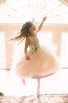 Spinning flower girl: http://www.stylemepretty.com/rhode-island-weddings/bristol/2014/10/29/elegant-summer-wedding-at-linden-place/ | Photography: Rebecca Arthurs - http://rebeccaarthursblog.com/