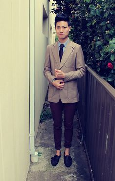 When Burberry Does The Talking. (by Michael Luu-Walker) http://lookbook.nu/look/3629181-When-Burberry-Does-The-Talking