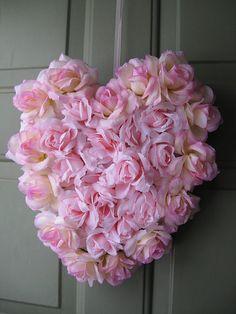 ٠•●●♥♥❤ஜ۩۞۩ஜஜ۩۞۩ஜ❤♥♥●   heart wreath  ٠•●●♥♥❤ஜ۩۞۩ஜஜ۩۞۩ஜ❤♥♥●