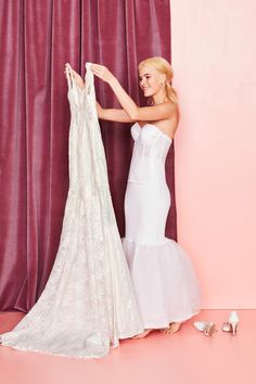 The wedding dress sl