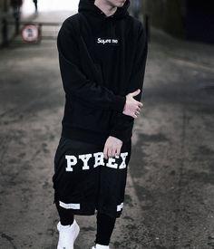 Street Style. Fashion. Men. Clothing. Attitude. Black  White. Typography. Brand. Supreme. PYREX. Youth. Slim. New. Modern. Urban.