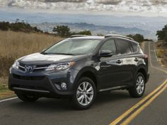 A Weekend City Adventure in a Mid-Sized Toyota SUV