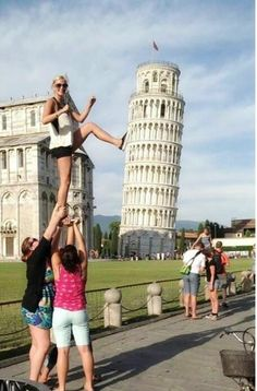 Read the page where you have fun at the Leaning Tower of Pisa.