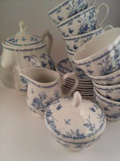 Vintage Queen's Chelsea Toile Blue Tea Set by ForgetMeNotMarket, $90.00